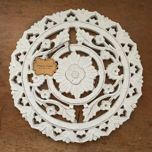Distressed White Wood Round Medallion Wall Decor